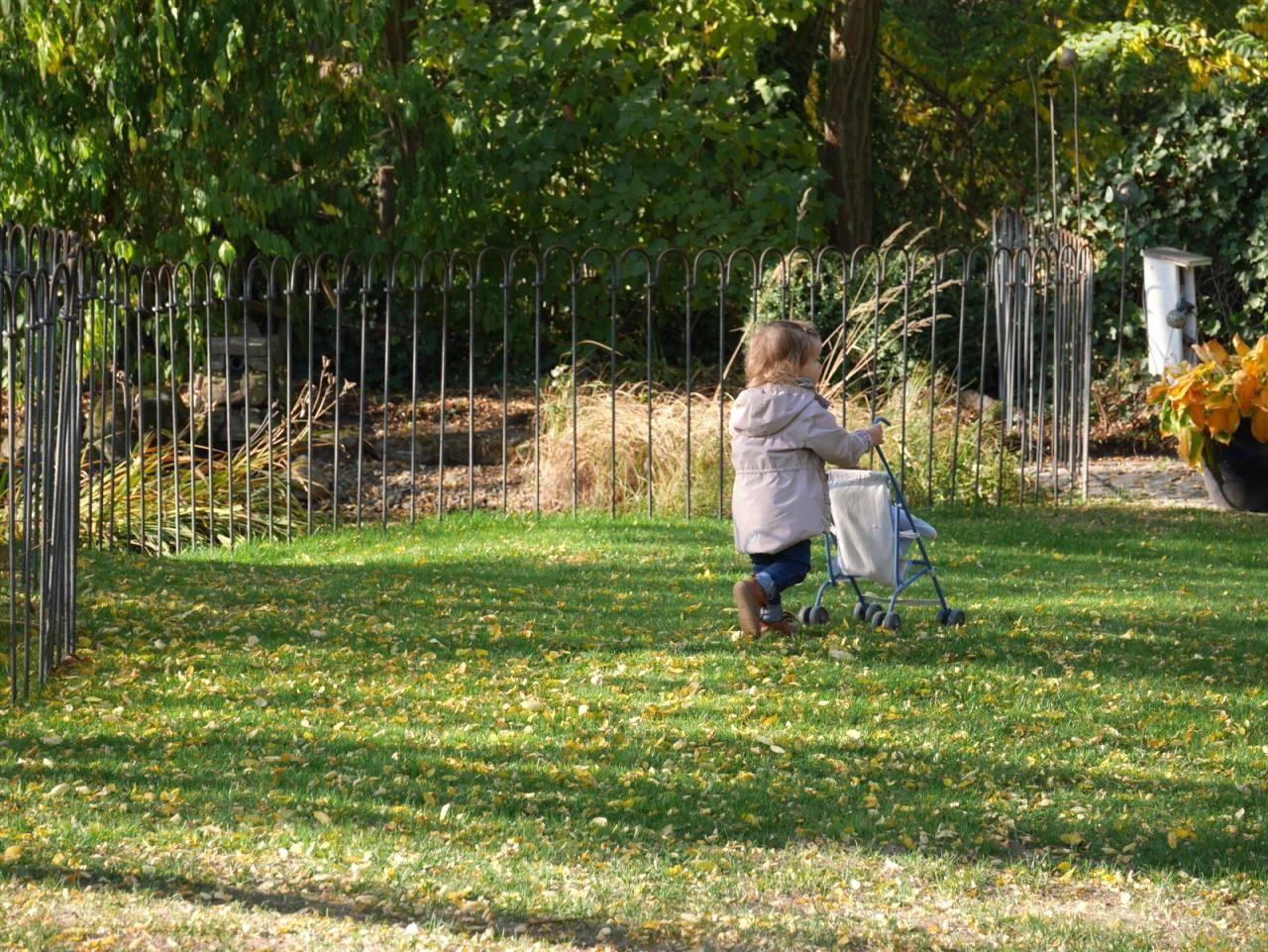 Kindersicherer Teichzaun Im Garten Ich Haben An Einem Tag Die