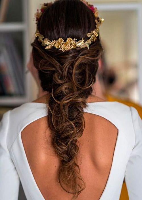 Vestidos y peinados de novia 2017