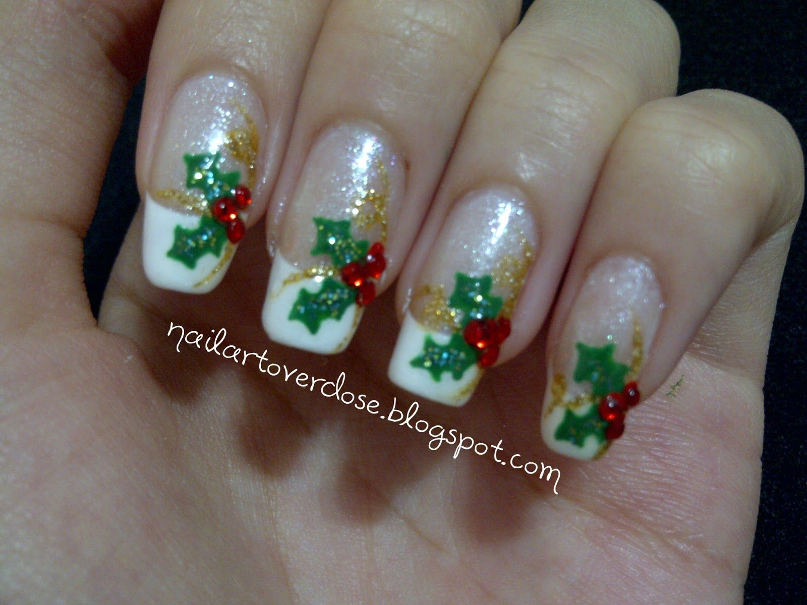 Holly nails nail art christmas and winter holidays pinterest holly nails christmas prinsesfo Gallery