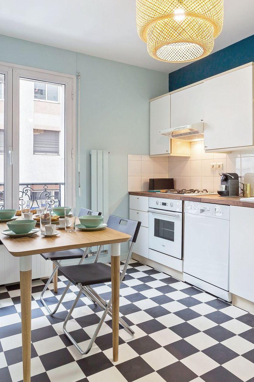 Cuisine Fermee Cuisine Design Avec Ilot Verriere Cuisine Fermee Cuisines Design Cuisine Appartement