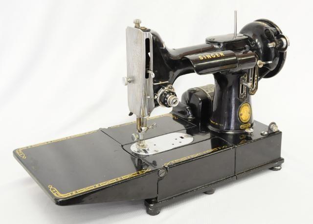 VINTAGE CASED SINGER 40K FEATHERWEIGHT SEWING MACHINE 40 Singer Mesmerizing 1955 Singer Sewing Machine