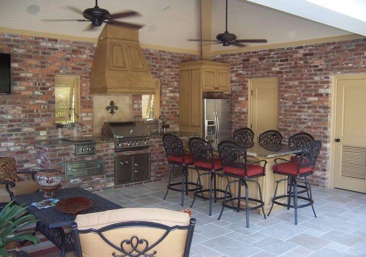 Brick Outdoor Kitchen Brick Wall Veneer Outdoor Kitchen Angelo S Lawn Scape Of Louisiana Inc Baton Rouge L Outdoor Kitchen Outdoor Living Space Outdoor Rooms