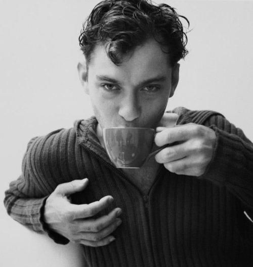 Jude Law and a coffee