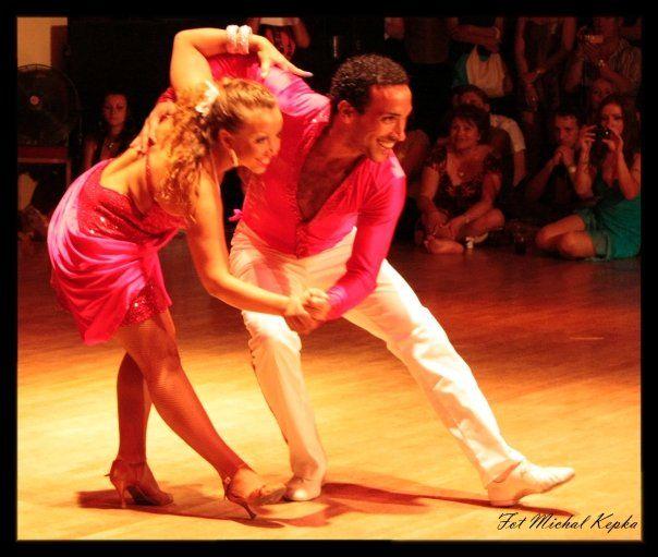Cuban+Salsa+Dancing | ... champion 2003 uk cuban salsa champion dance teacher choreographer