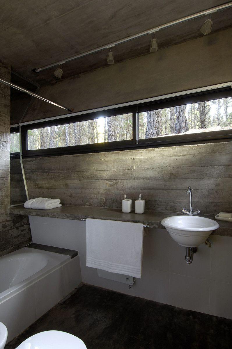 Galer a de casa de hormigon bak arquitectos 4 en 2019 for Pared de bano de concreto encerado