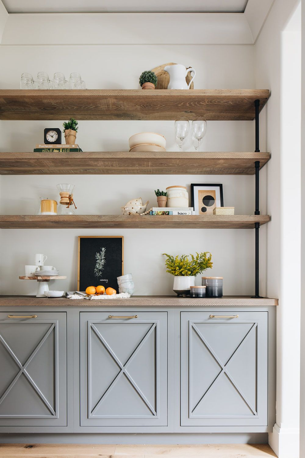 The Prettiest Modern Farmhouse | lark & linen