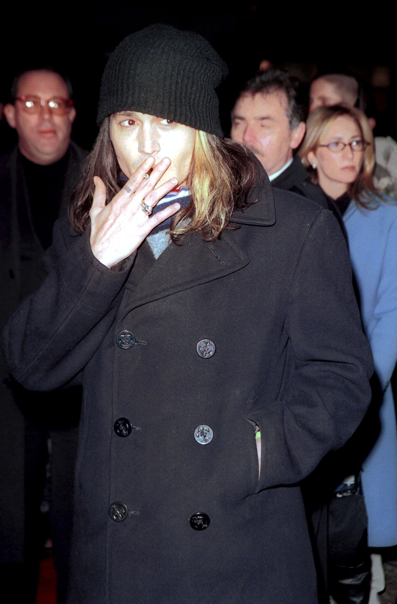 "Johnny Depp - ""chocolat"" York City Premiere 2000 Celeb Actor Musician"