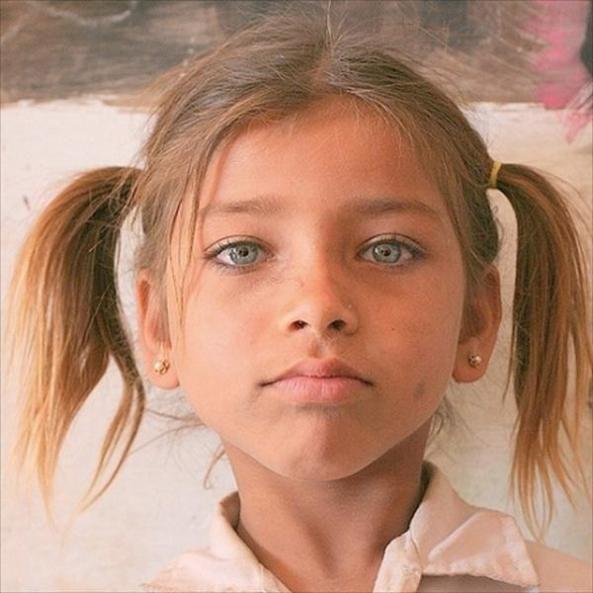 Nena de Hunza, India