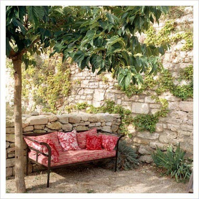 Terrazas y balcones peque os buscar con google for Decoracion de jardines chicos