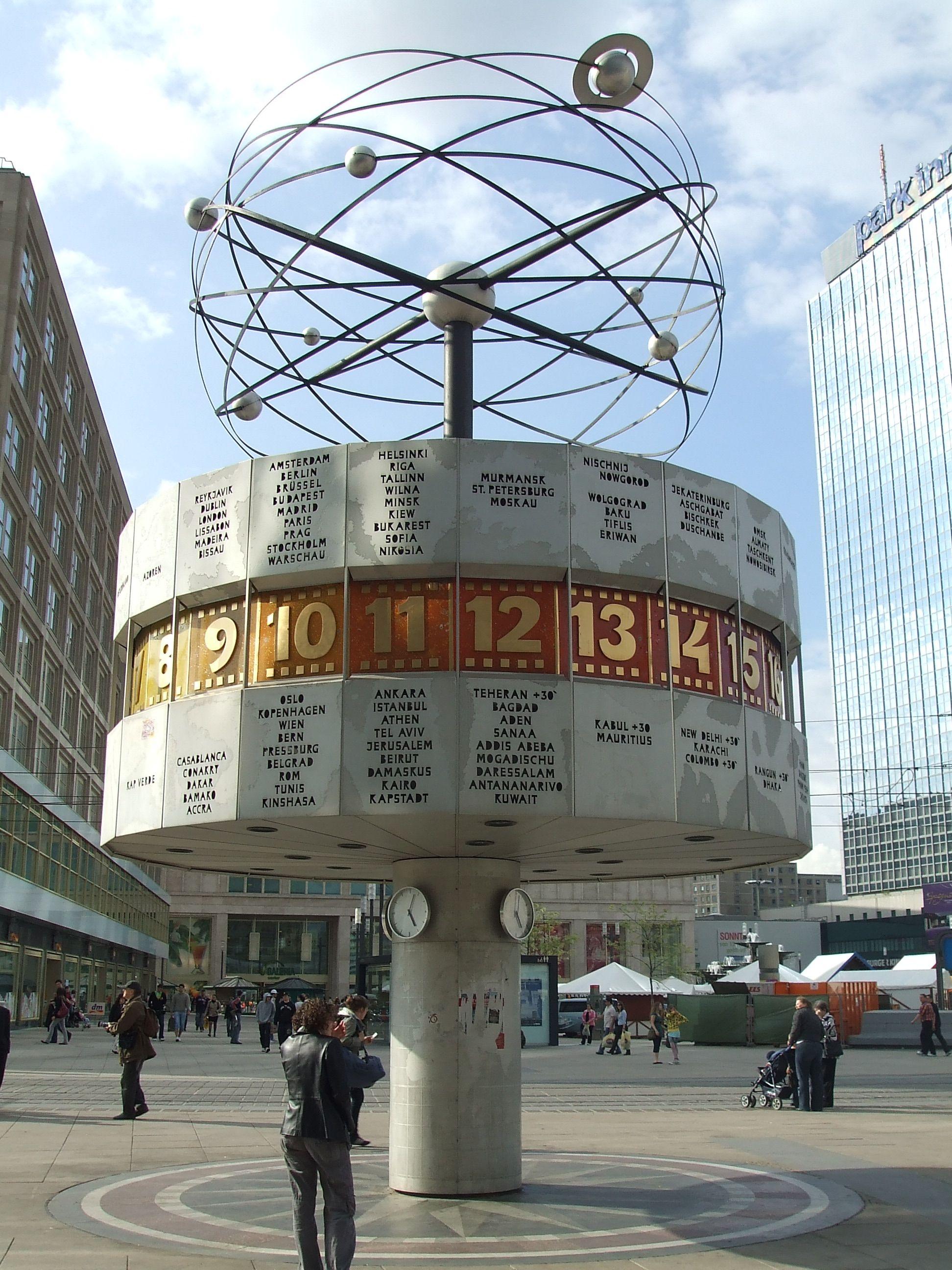 Weltzeituhr World Time Clock Alexanderplatz Berlin Places To Visit Berlin Germany