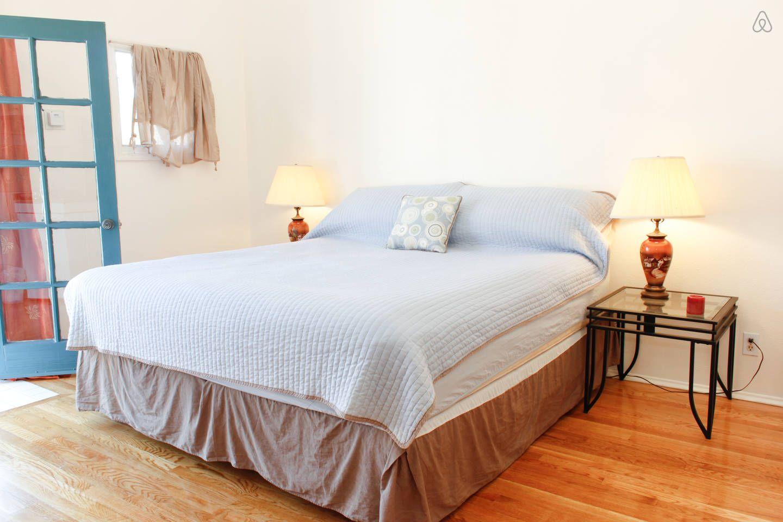 DowntownSantaBarbaraStudioLiving vacation rental in