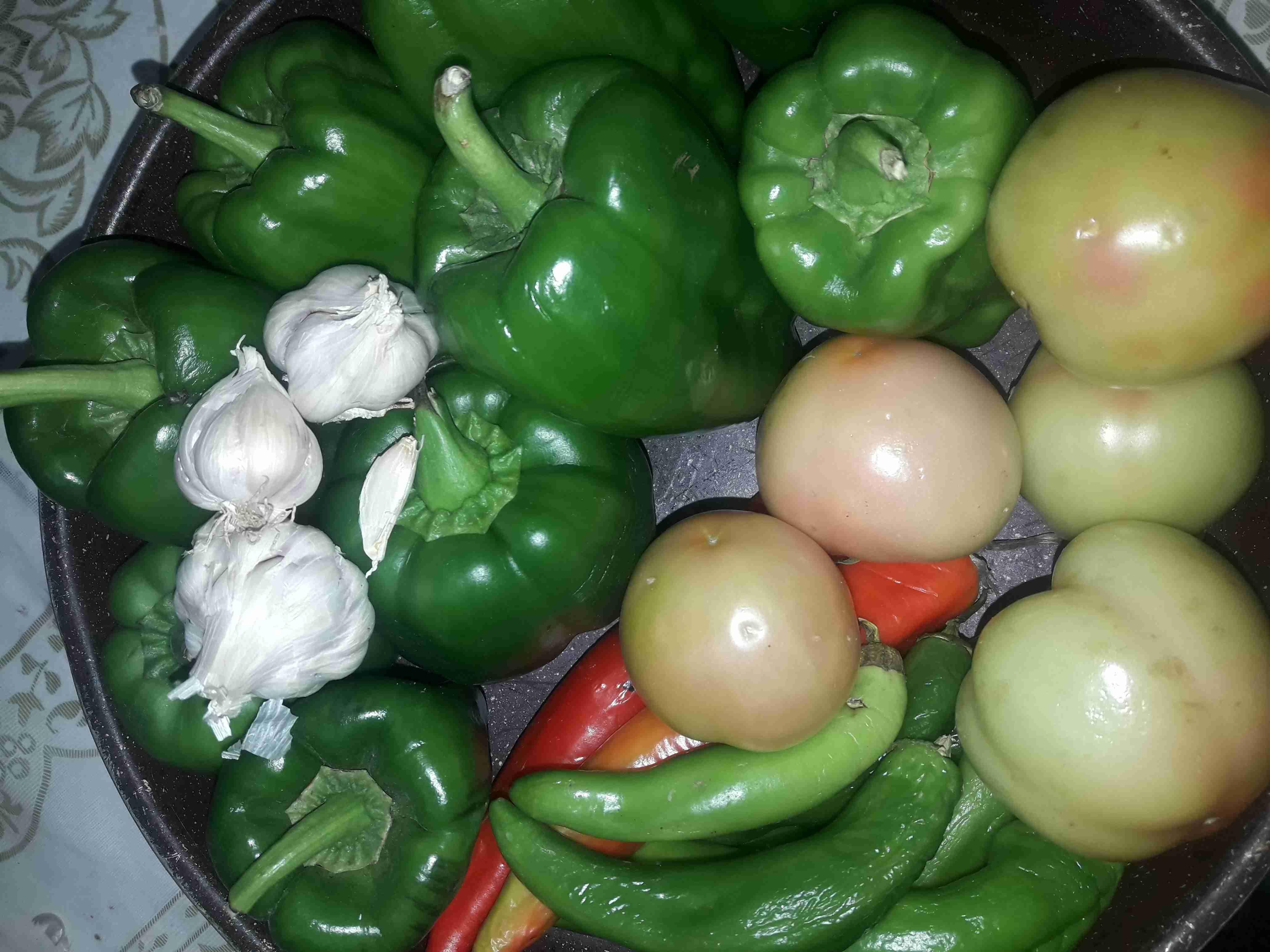 فليفله حلوة محشين زاكي Recipe Vegetables Side Plates Tomato