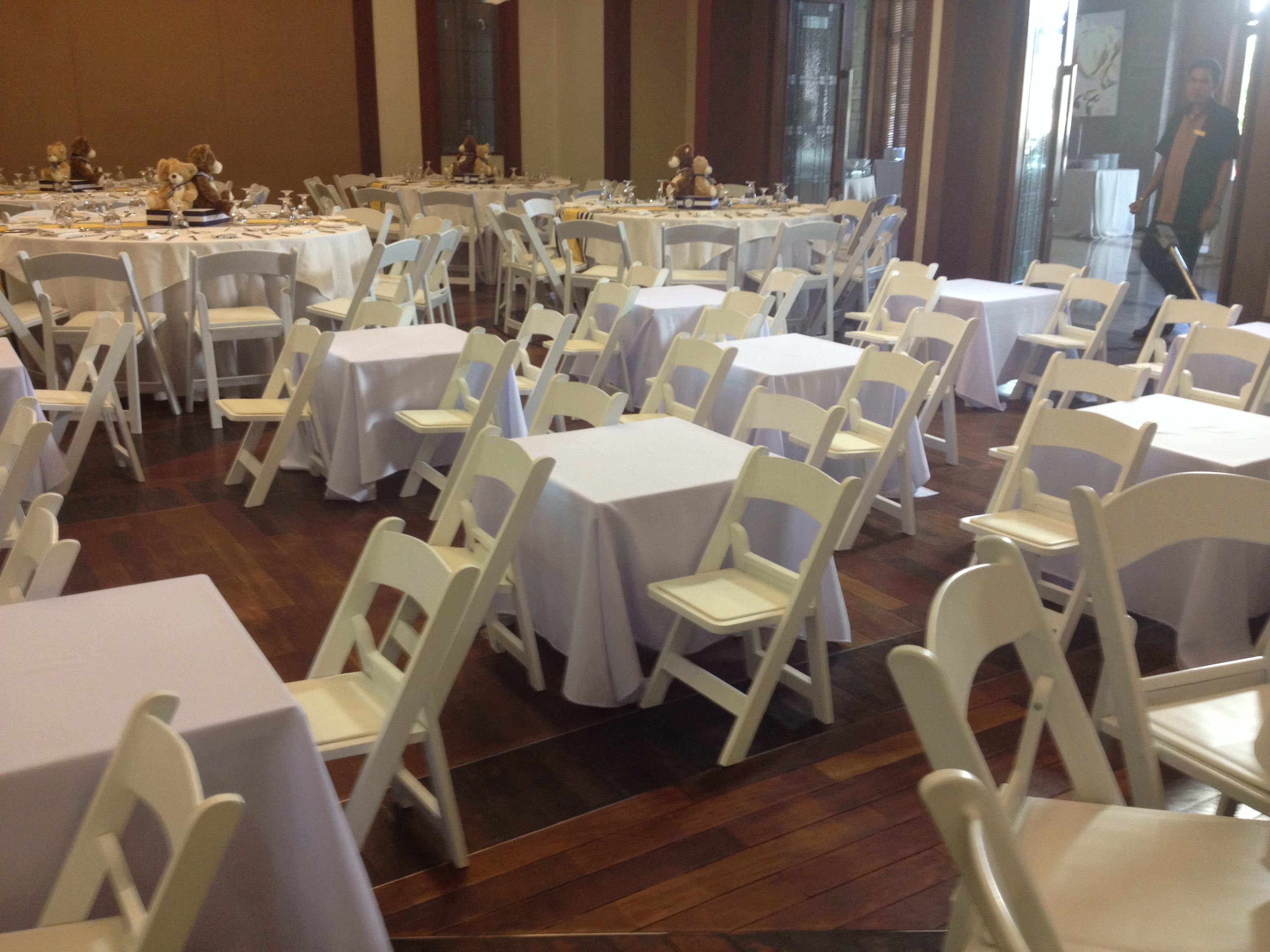 Reserv s White Folding Chairs and Kid Folding Chairs at a
