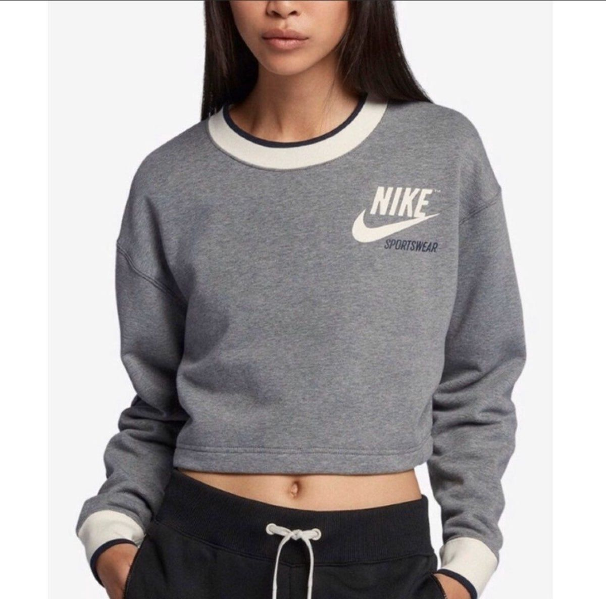 Nike Reversible Fleece Cropped Sweatshir Sweatshirts Nike Outfits Crop Sweatshirt [ 1186 x 1200 Pixel ]