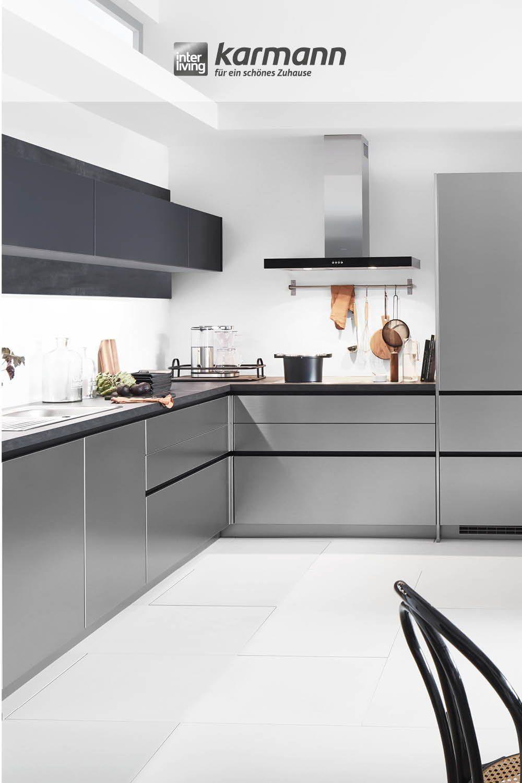 Moderne Küche mit viel Stauraum für Gewürze, Schüsseln, Töpfe und vieles mehr. Wir beraten dich gerne. #möbel #trend #einrichtung #Küchen #traumküche