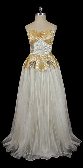 Evening Dress 1941, Made of voile and lace