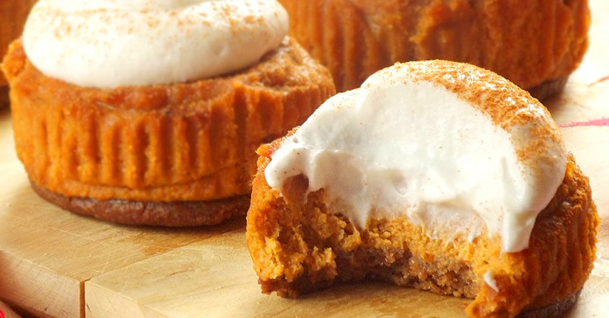 Imagine the smell of cinnamon and nutmeg in the air with these vegan pumpkin cheesecake bites, nestled on a tasty gingersnap crust!