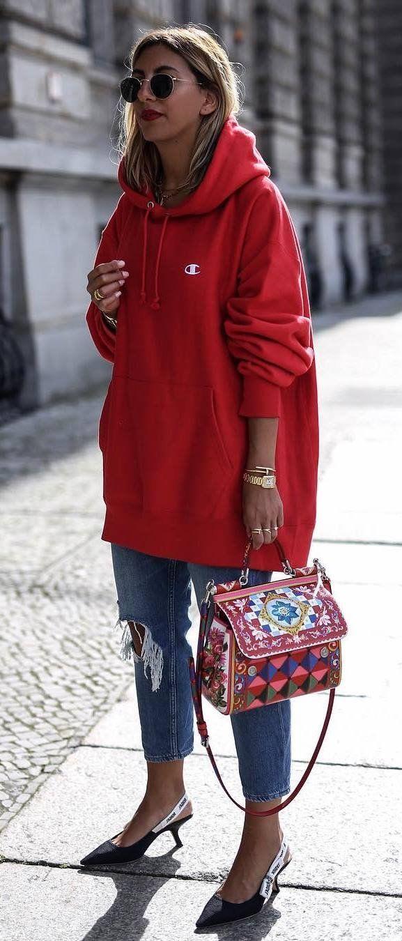 99af116257b fashion trends   red sweatshirt + bag + boyfriend jeans + heels ...