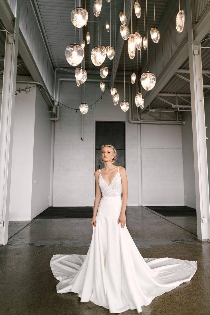 Dress minimalist Dress minimalist