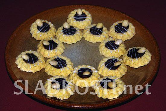 Kokosové věnečky s mandlí
