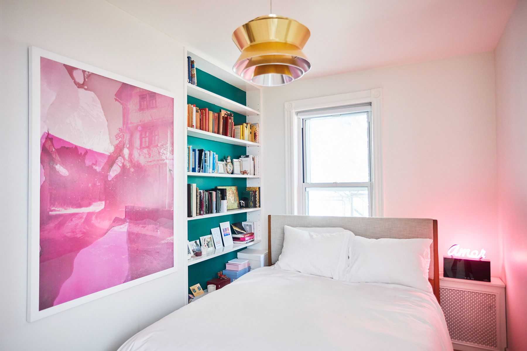Inside The Romantic West Village Apartment Every Girl ...