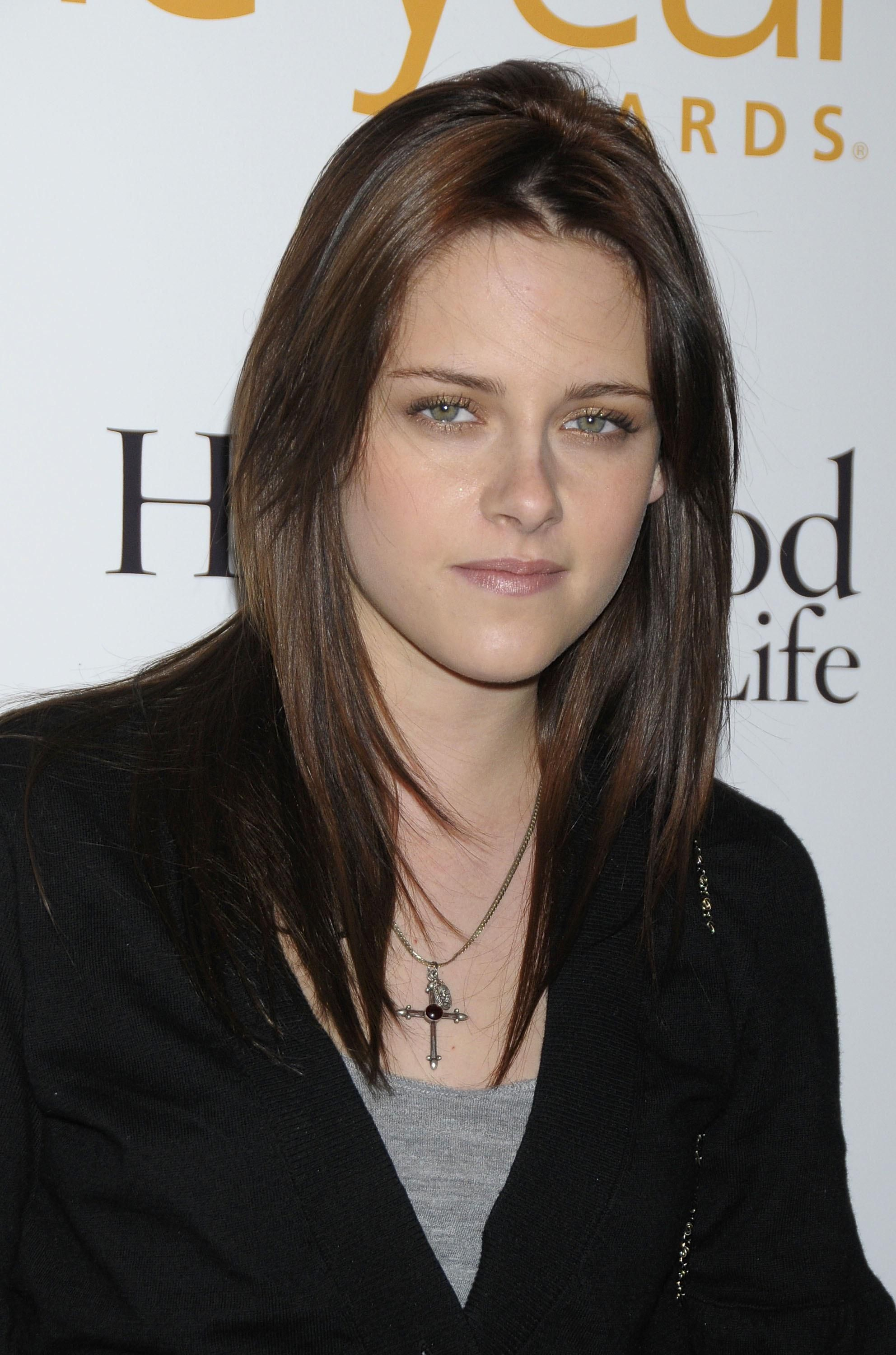 17 I Love Her Eyes And Everything Kristen Stewart Kristen Stewart Hair Kristin Stewart