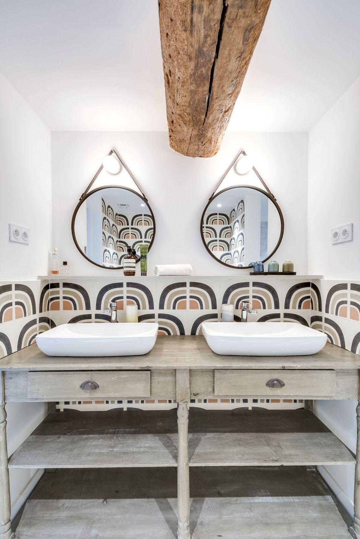 Une Longere Renovee Dans L Yonne Planete Deco A Homes World Longere Renovee Longere Interieur Maison