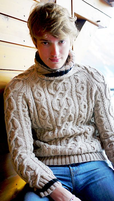 Argentiere pullover - Cable pattern inspired by the tracings of skis on fresh snow - (S-XL) - by Axelle de Sauveterre