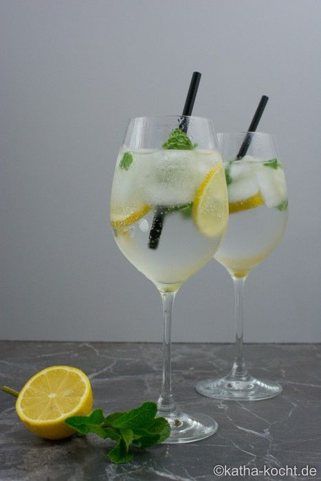 Photo of Gin and tonic with mint – Katha cooks!