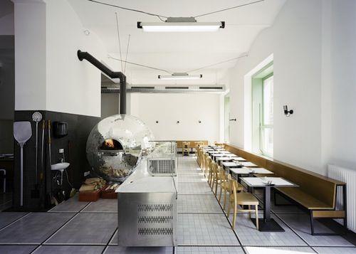 Disco Volante Vienna Pizzeria design, Restaurant design