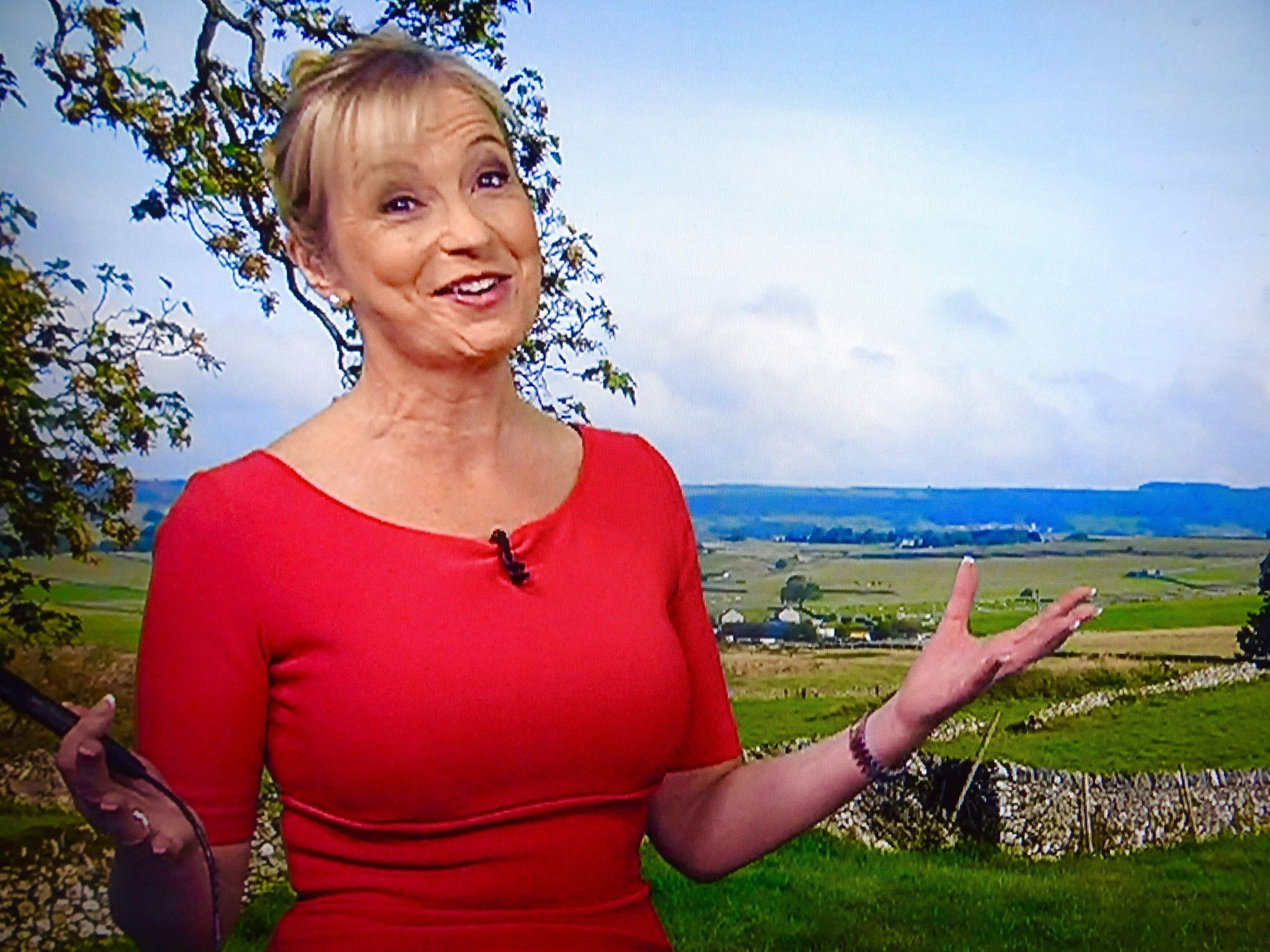 Hacked Carol Kirkwood naked (22 foto and video), Pussy, Leaked, Twitter, braless 2019