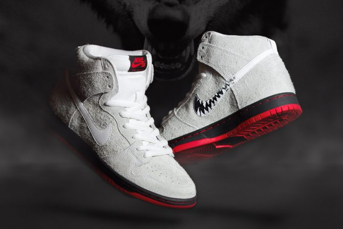 The Swoosh on this Black Sheep x Nike Sb Dunk High rubs off to reveal its sinister side ow.ly/duYN307FBPU