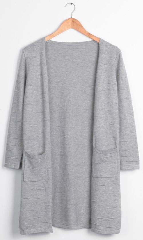 If you're looking to add some solid color pop to that wardrobe of your cold days, Cupshe.com has got it covered! Rare London Grey Sweater Cardigan will definitely make it memorable for winter days.