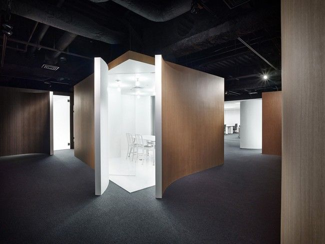 Spicebok Offices by Nendo - http://architectism.com/spicebok-offices-by-nendo/ - Nendo, Spicebok Offices, Spicebok Offices Nendo, Spicebok Offices Yokohama