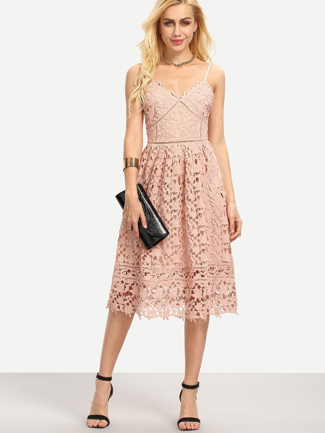 virkade klänningar online