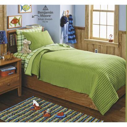 Circo Basic Quilt Set - Green for J. Also love the sheet ...