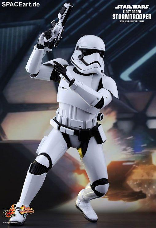 Star Wars: First Order Stormtrooper » Typ: Deluxe-Figur (voll beweglich) » Hersteller: Hot Toys » https://spaceart.de/produkte/sw102.php