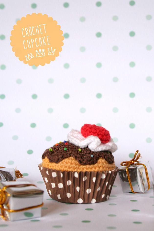 crochet cupcake, via I am a mess