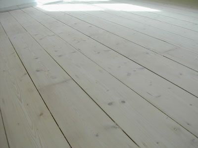 White Lime Wash On Old Baltic Pine Floor Garden Style