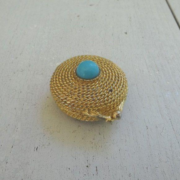 1960s Vintage Estee Lauder Youth Dew Solid Perfume Compact In Gold Tone Faux Vintage Jewelry Vintage Vanity 1960s Vintage