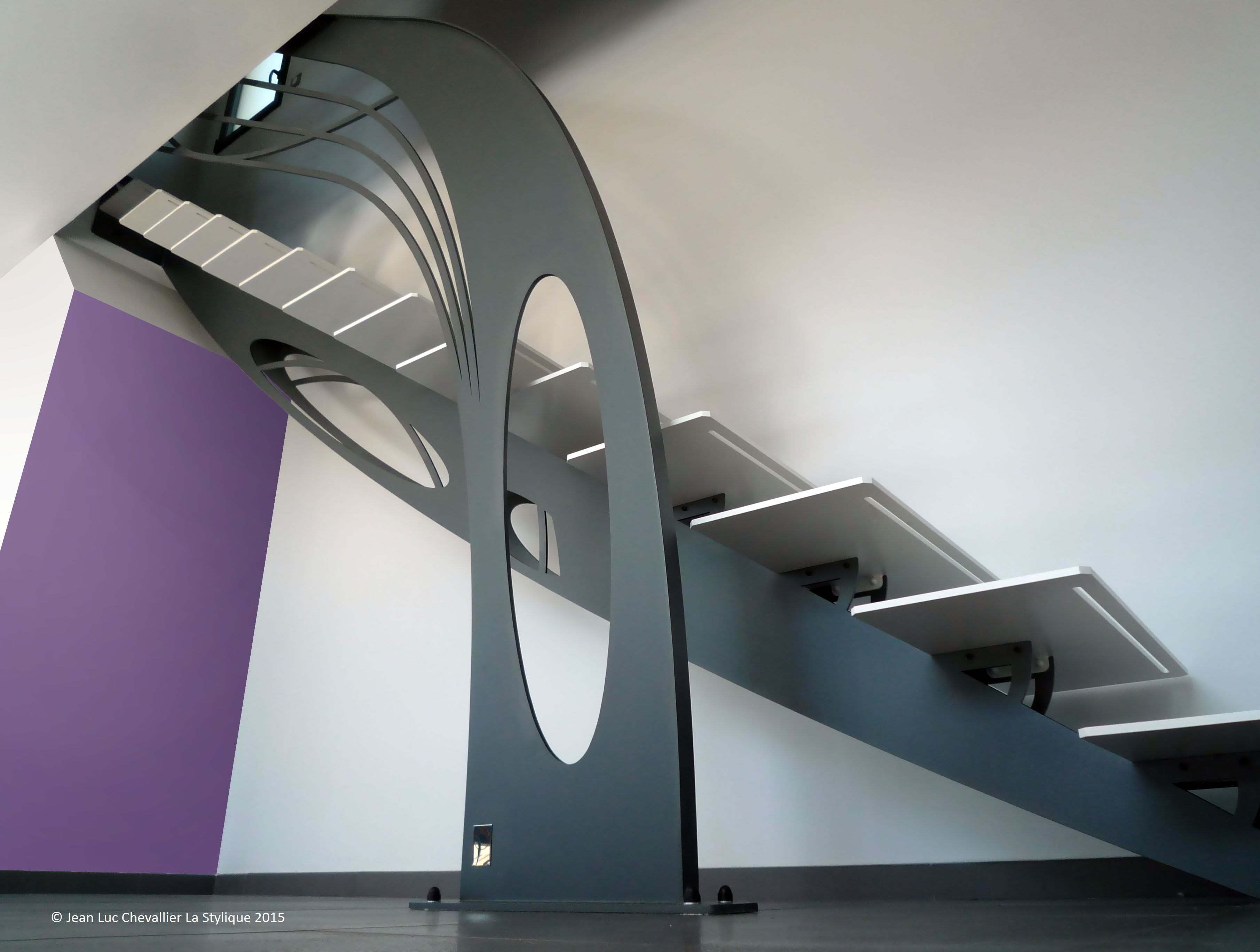 Création d\'escalier design sculptural | Escalier design, Tournai ...