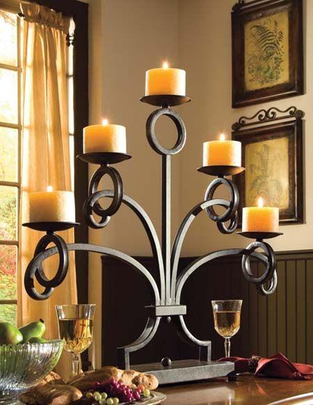 Candelabros de herrer a para adorno de mesa puertas for Faroles en hierro forjado para jardin