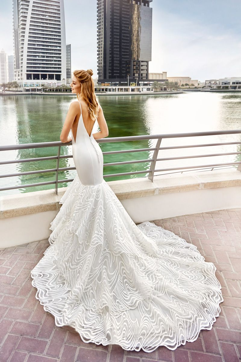 Pin by lys case on she gettinu married pinterest mermaid gown