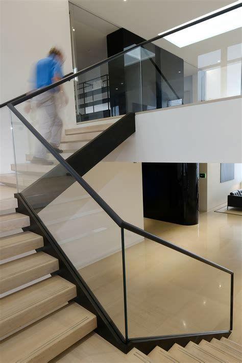 Best 5 Spiral Stairs Office Stairs Stairsdesign Design 400 x 300