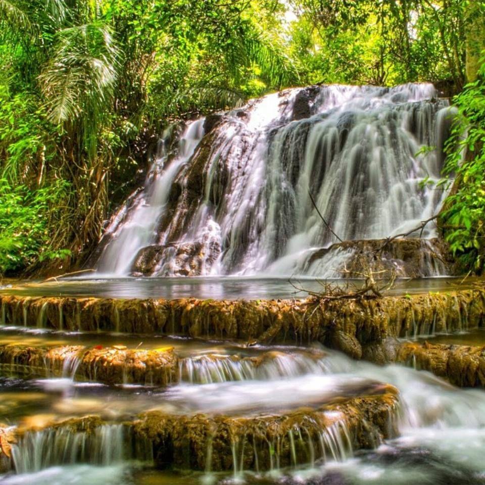 Piscinas naturais da Cascata do Jabuti