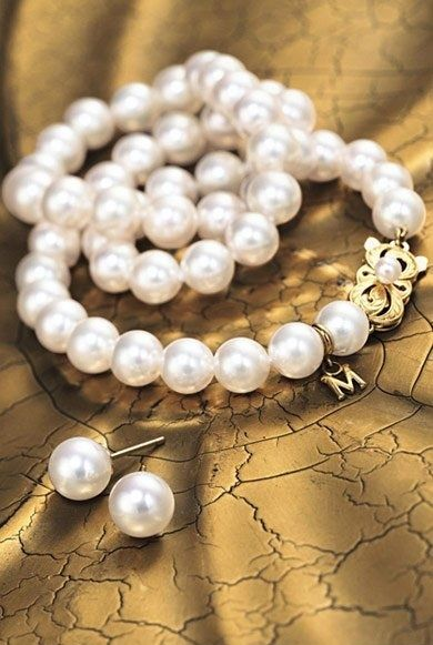 Pearlfection! Have Mikimoto pearl earrings and would love the matching strand. Love, love, love these!
