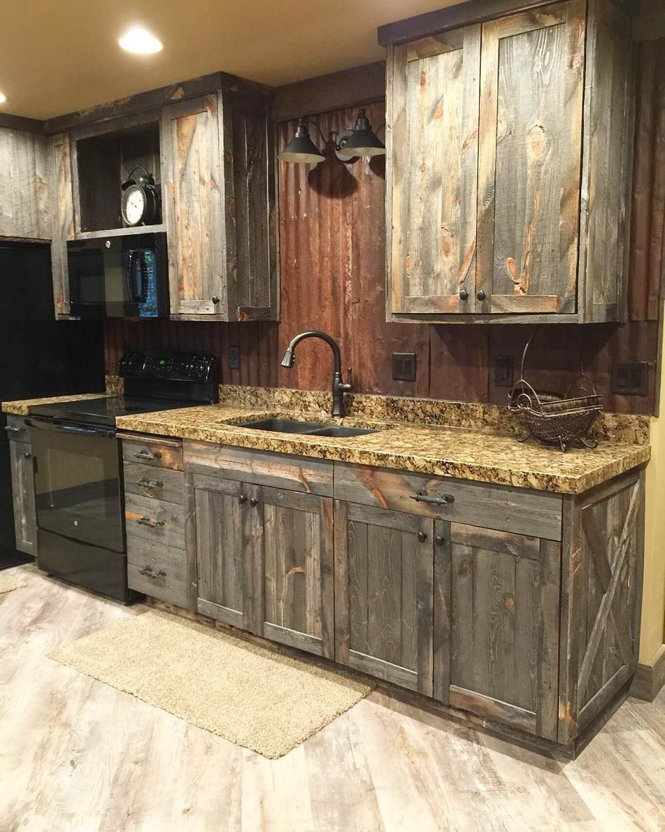 32 Charming Ways To Add Reclaimed Wood To Your Kitchen And Make Your Space Gorgeous Rustic Kitchen Rustic Kitchen Cabinets Rustic House