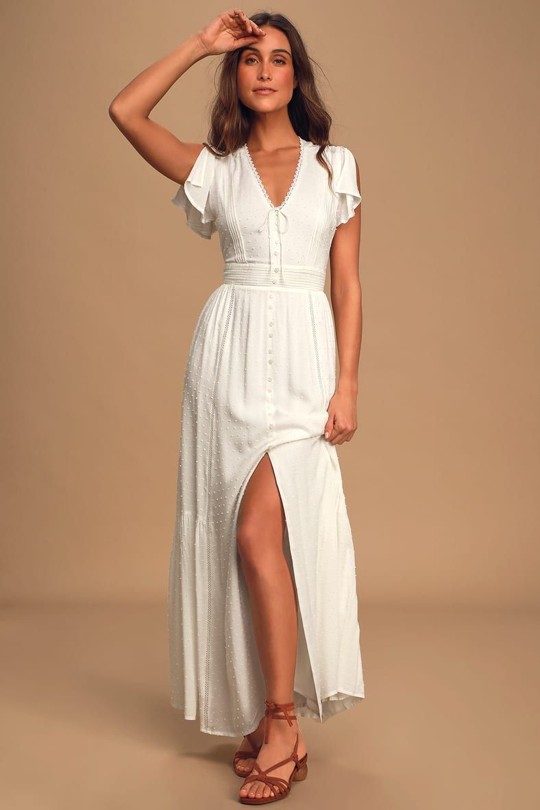 Completely In Love White Swiss Dot Button Front Maxi Dress In 2021 Cute White Dress Button Front Maxi Dress Fashion [ 1182 x 788 Pixel ]
