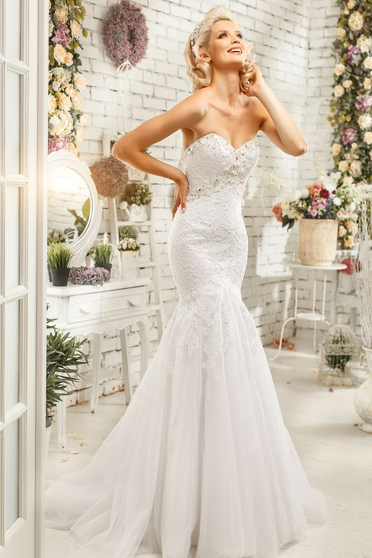 Your Best Wedding Gown Selection. In Search Of The Latest Wedding ...