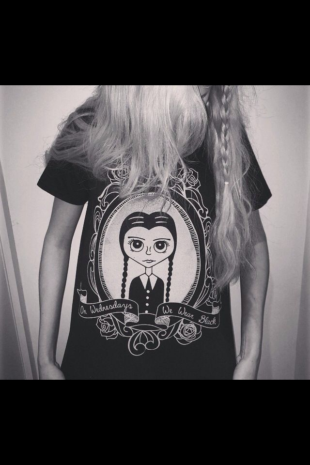 On Wednesdays we wear black xo